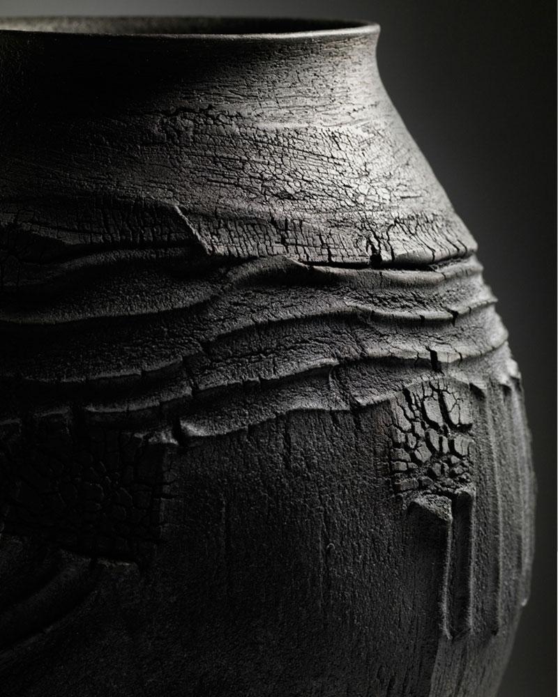 patricia-shone-ceramics-skye-potter-erosion-jar-raku-fired-image-Shannon-Tofts