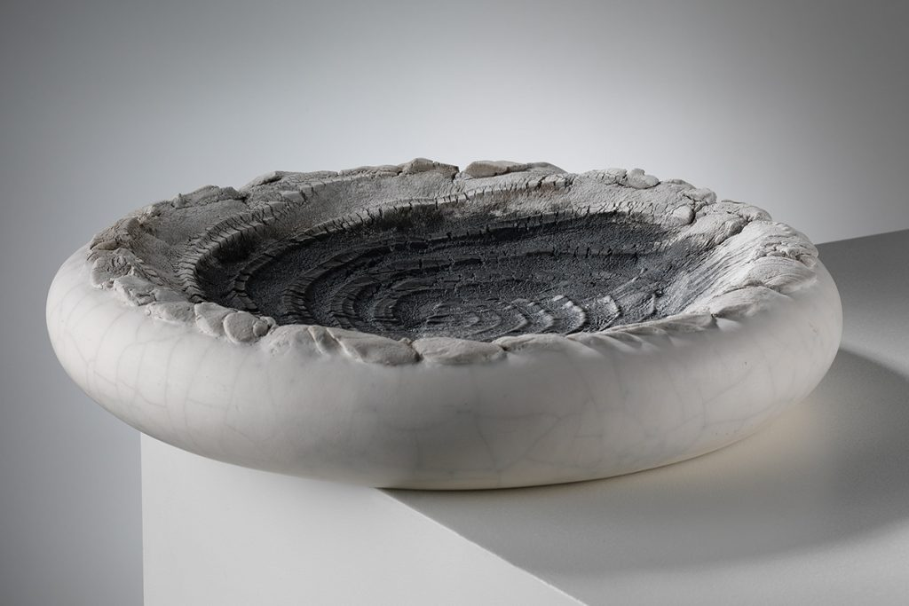 patricia-shone-ceramics-skye-collection-contour36-photo-shannon-tofts